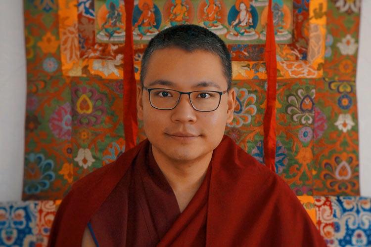 Khyungser Trichen Rinpoche Shangrila